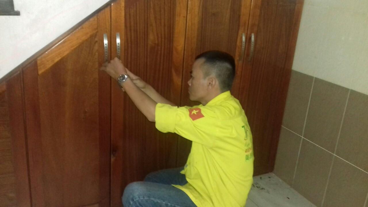 Thợ sơn sửa đồ gỗ nội thất tại TPHCM
