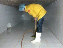 Hình ảnh súc rửa vệ sinh bể nước ngầm cho một bệnh viện tại TPHCM