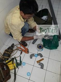 Thợ lắp đặt ống nước tại tphcm