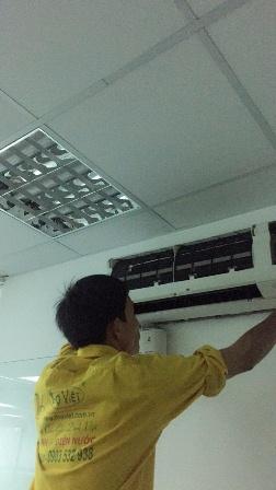 Vệ sinh máy lạnh tại quận Gò Vấp giá rẻ uy tín