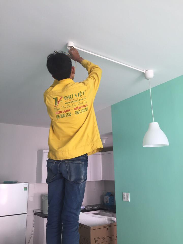 lắp bóng đèn điện tại quận 6 TPHCM