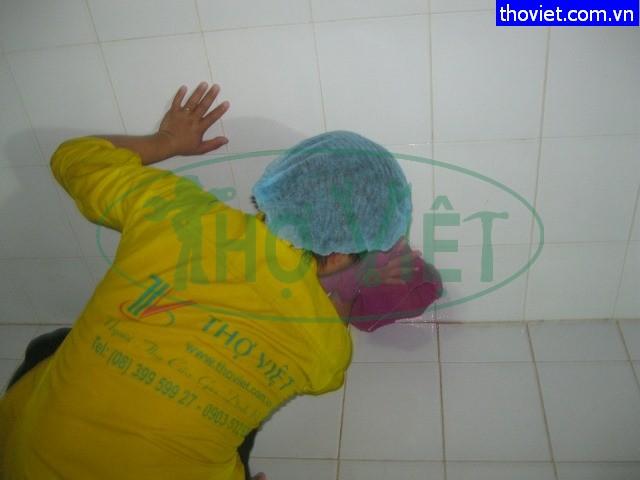 Vệ sinh bể nước ngầm khu biệt thự Tân Bình – Đảm bảo sức khỏe cho cư dân.