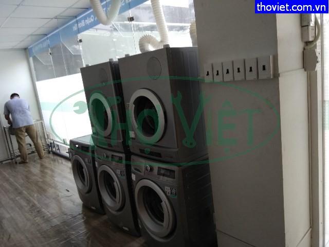 Lắp đặt máy giặt cho tiệm giặt ủi tại quận Tân Bình