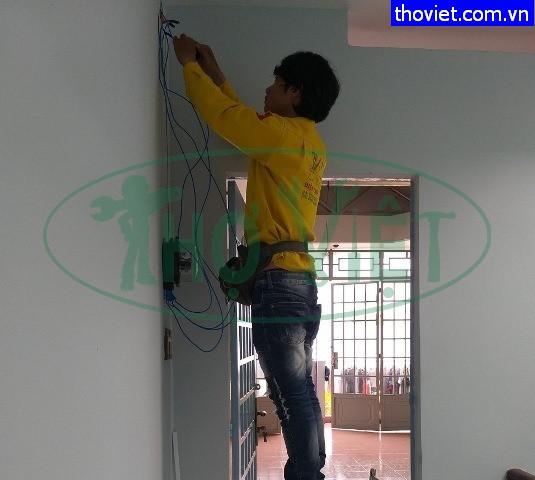 Lắp đồng hồ điện tại nhà ở Quận Tân Phú