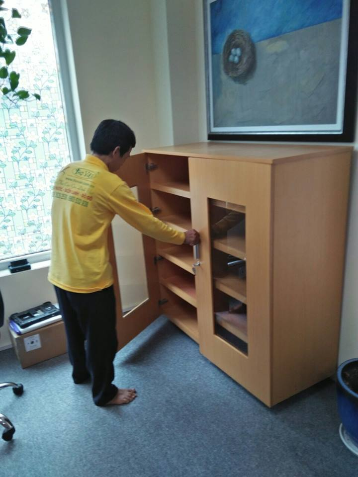 Dịch vụ sửa đồ gỗ dịch vụ sơn sửa đồ gỗ tại nhà. chuyên sửa chữa tủ gỗ, kệ gỗ
