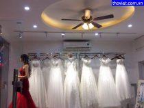 Lắp đèn led chiếu rọi cho shop áo cưới tại quận 2