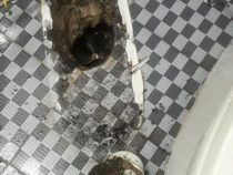Chống thấm toilet tại quận Bình Thạnh – Bồn cầu lắp sai kỹ thuật