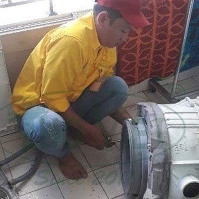 Vệ sinh máy giặt cửa trước tại Bình Tân – Quần áo sạch nhanh hơn