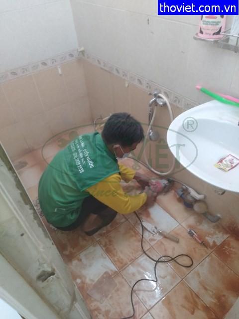 Thợ chống dột và chống thấm nhà vệ sinh tại quận 4