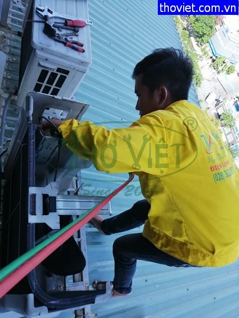 Thợ Sửa Máy Lạnh Quân 1 – Bơm Gas Máy Lạnh Âm Trần