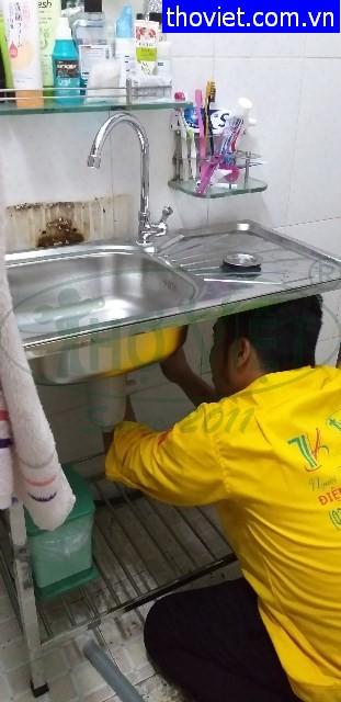 Thay vòi nước bồn rửa chén tại quận 2