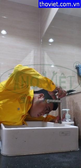 Thay vòi nước bồn rửa tay tại quận 3