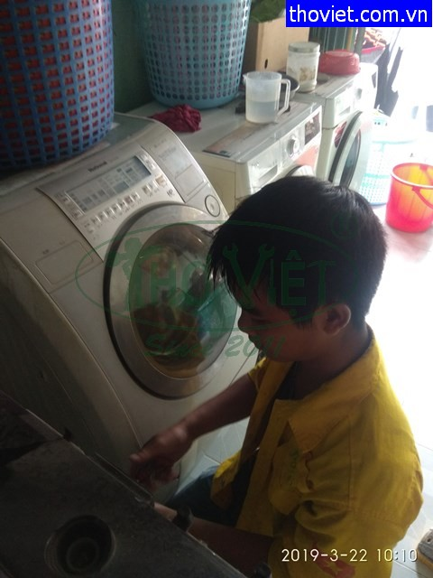 Sửa máy giặt bị bể bạc đạn tại quận 2 – Máy giặt sấy kêu to