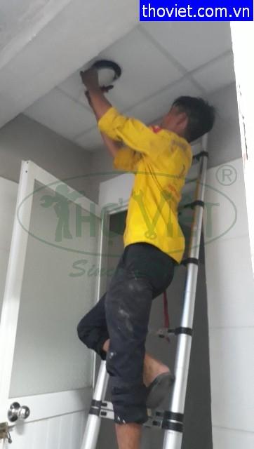 Thợ sửa điện – Thay đèn led ốp trần tại quận Bình Thạnh