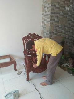 dịch vụ sơn sửa đồ gỗ, sơn PU làm mới bàn ghế.