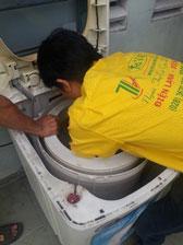 Chuyên sửa Thợ vệ sinh máy giăt chuyên nghiệpchữa máy giặt tại nhà tphcm