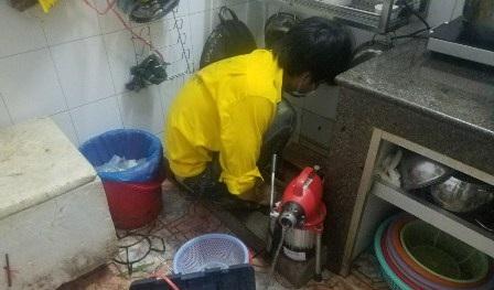 Thông nghẹt đường ống thoát nước giá rẻ